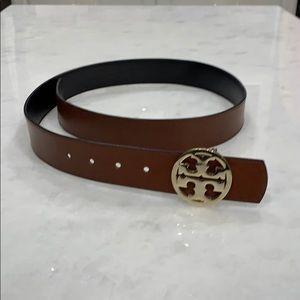 Tori Burch reversible belt with gold hardware